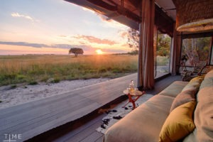king lewanika lodge liuwa sunrise deck