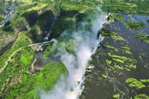 vicotoria falls helicopter view
