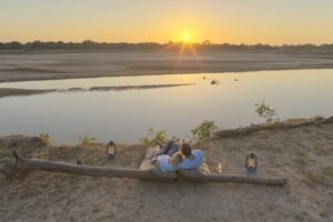 zambia luangwa valley Kakuli romantic sunset