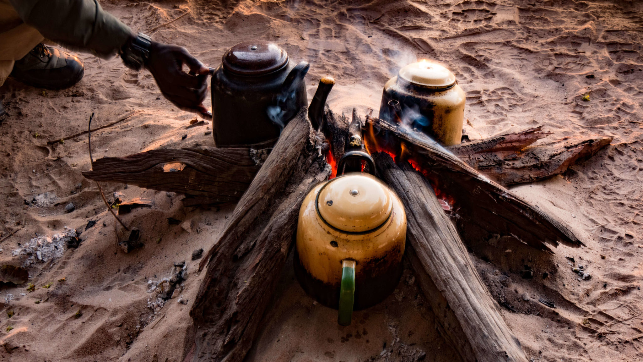 zambia luangwa valley campfire coffee