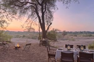 kichaka ruaha outside dining