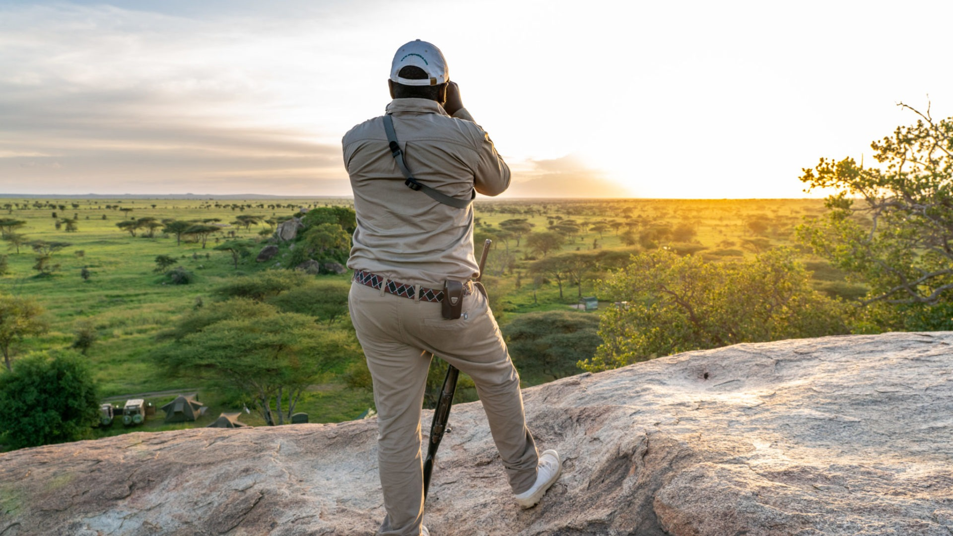 serengeti walking safari wayo sunset