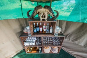 wayo walking camp serengeti bar