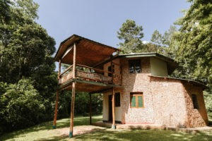 primate lodge kibale room exterior