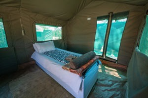 mobile safari botswana luxury tent bed