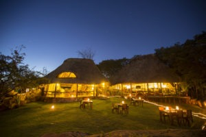 Elsas Kopje accommodation main areas dining under the stars cSilverless 3