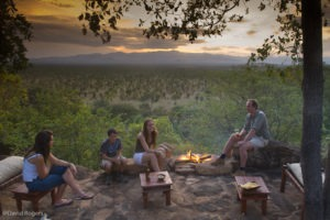 Elsas Kopje activities sundowners by camp fire cDavid Rogers 2
