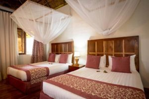 crater safari lodge uganda twin room