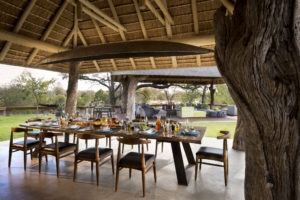 rockfig safari lodge timbavati outside dining area