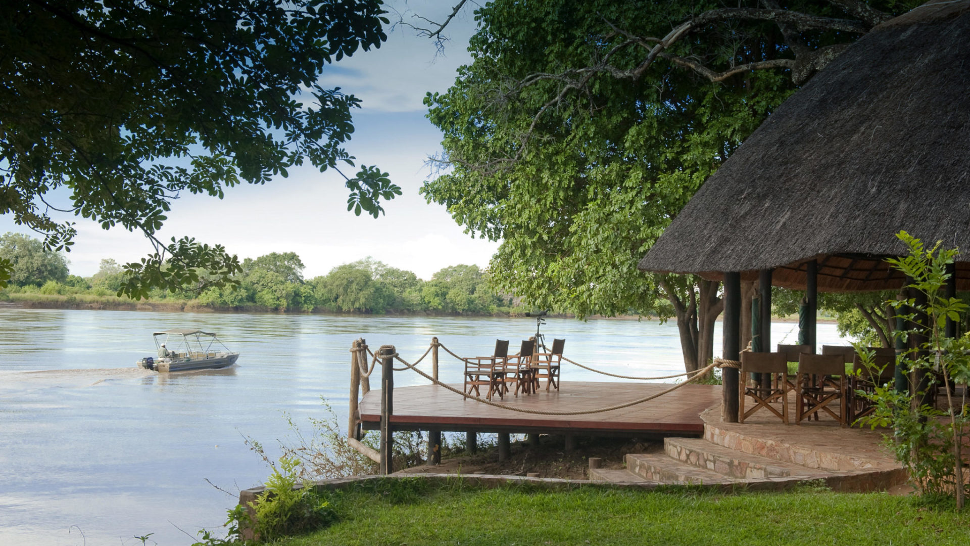 zambia south luangwa national park nkwali camp 1