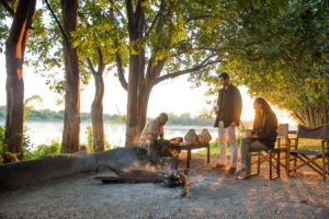 zambia south luangwa national park river journeys emerald season 15